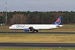 Onur Air, Tegel Airport, Berlin (IMG 9166).jpg