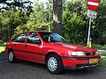 Opel Vectra 2.0 (10098556455).jpg