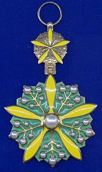 Order of the Orchid Blossom badge (Manchukuo) - Tallinn Museum of Orders.jpg