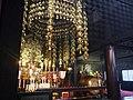 Osu Kannon Haupthalle Innen Altar 05.jpg