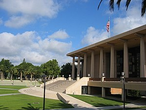 California State University, Northridge - Oviatt Library in 2009.
