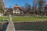 Pörtschach Hauptstrasse 106 Villa Edelweiss und 108 Und-Häuschen 28112016 5410.jpg