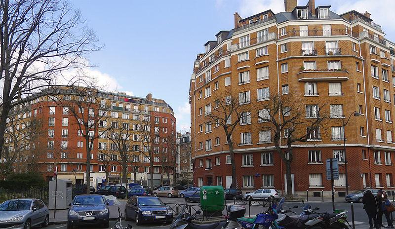 Fichier:P1160606 Paris XX rue Mounet-Sully rwk.jpg