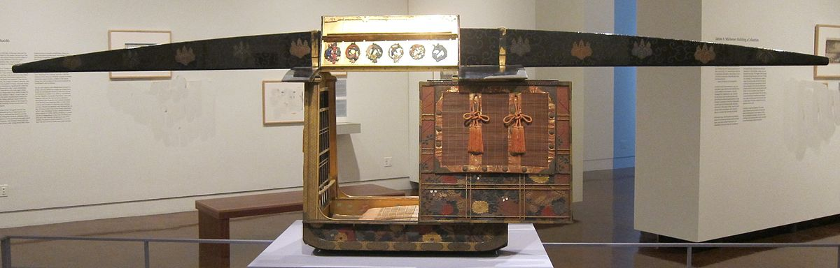 Palanquin (kago) from Japan, 19th century, Honolulu Museum of Art.JPG