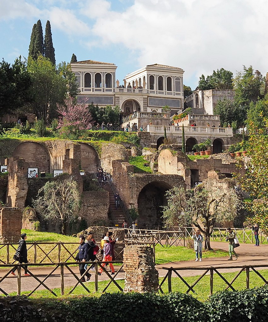 Jardin Farnese sur la colline du Palatin à Rome - Photo de Peter1936F