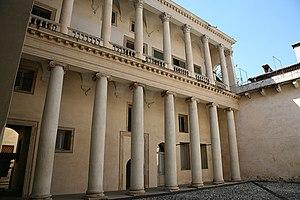Palazzo Barbaran da Porto - Loggia in the courtyard