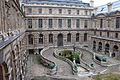 Palazzo del louvre, corte Lefuel con doppia scalinata.JPG