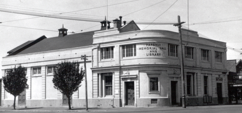 File:Papanui Memorial Hall 1930s.png