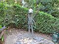 Parco di pinocchio 09 il grillo parlante.JPG