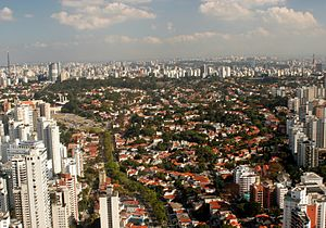 Passeio de Helicóptero em São Paulo24