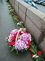 People came to the side of Boris Nemtsov's murder (2015-02-28; 46).JPG
