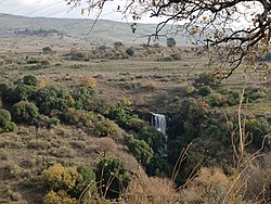Pera Waterfall 1.jpg