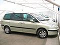 Peugeot 807 V6 3.0 2007 (12489327583).jpg