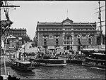 Phillip Street, Sydney - Circular Quay (2495797591).jpg