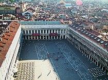 Piata San Marco si cafeneaua Florian.jpg