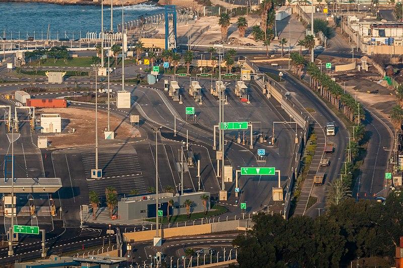 כבישים בנמל חיפה