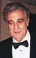 Plácido Domingo backstage at the Washington National Opera (November 3, 2002).jpg