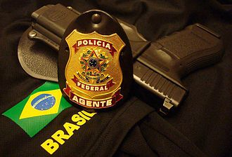 Federal Police of Brazil - Federal Police Agent badge and service pistol: Glock 9mm