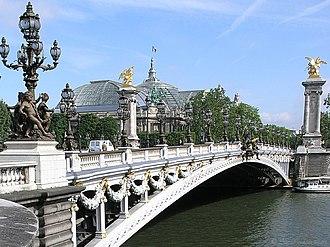 Pont Alexandre III - Image: Pont Alexandre III