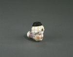 Porslin. Piphuvud i form av ett kvinnohuvud med turban - Hallwylska museet - 89288.tif