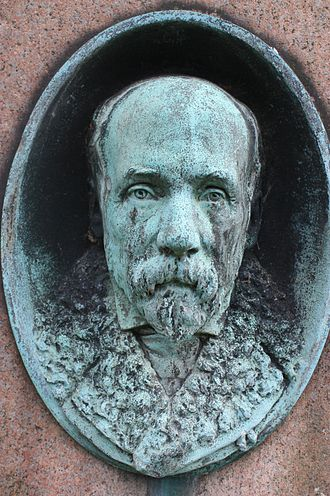 John Anderson (zoologist) - Portrait bust of John Anderson on his grave
