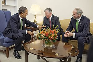 Martin McGuinness - United States President Barack Obama with Peter Robinson and McGuinness in March 2009