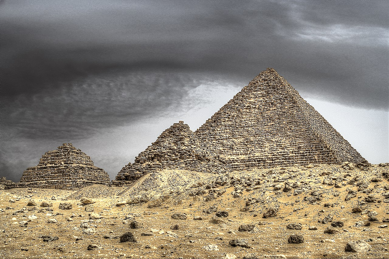 Visitar Guiza - Página 3 1280px-Pyramid_of_Menkaure