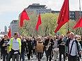 Røde flag, grønne birkegrene, hornorkester og højt humør (8701939452).jpg
