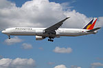 RP-C7773 Boeing 777 Philippine Airlines (14784456051).jpg