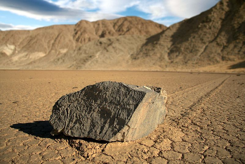 proxy - Sailing Stones - Weird and Extreme