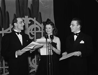 Simone Simon - Simon performing in Montreal in 1942