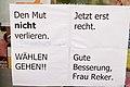 Reaktionen auf Messerangriff OB Kandidatin Reker Köln (22254054776).jpg