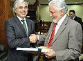 Recebe em audiência o ministro da Defesa de Portugal, José Pedro Aguiar-Branco. (16975551949).jpg