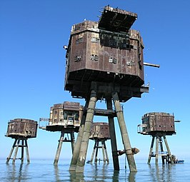 Red Sands Maunsell Towers - geograph.org.uk - 180565.jpg