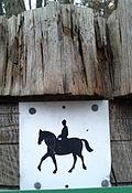 Reiterlaubnis am Waldweg DE.jpg