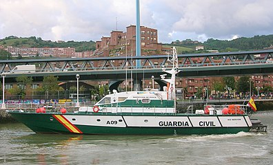 Rio Nervion en Bilbao.jpg