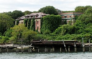 North and South Brother Islands, New York City - The remains of Riverside Hospital on North Brother Island, 2006.