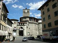 Rocca aroistesca, esterno 03.JPG
