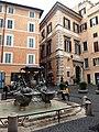 Roma, Fontana delle Tartarughe (4).jpg
