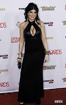 Romi Rain at AVN Adult Entertainment Expo 2016 (26606426991).jpg