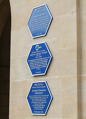 Department of Chemistry, University of Oxford - Three Royal Society of Chemistry plaques at the entrance of the Inorganic Chemistry Laboratory.