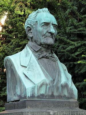Rudolf Christian Böttger - Bronze bust in front of the Physics Institute, Frankfurt am Main