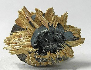 Epitaxy - Rutile on hematite, from Novo Horizonte, Bahia, Northeast Region, Brazil