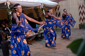 Rwandan dancers