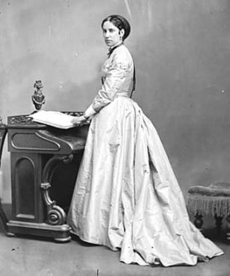 Agnes Macdonald, 1st Baroness Macdonald of Earnscliffe - Image: SA Bernard