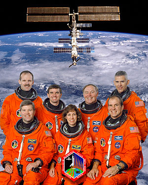 STS-110 - Image: STS 110 crew