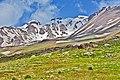 Sabalan mountainچشم اندازی در دامنه کوه سبلان پیست اسکی الوارس سرعین - panoramio.jpg