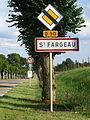 Saint-Fargeau-FR-89-panneaux-08.jpg