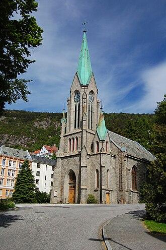 Sandviken, Norway - Image: Sandvikskirken Bergen 2009 1