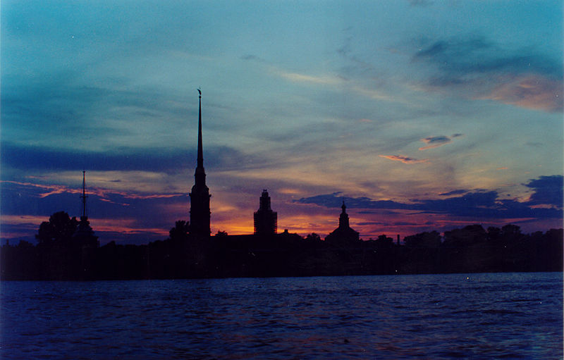 File:Sankt Petersburg - White Nights (Weisse Nächte) Midnight Light 7.jpg